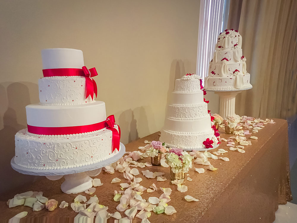 Christopher Hall Wedding Events in San Antonio - Choose your own baker